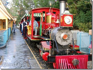 #5 Ward Kimball pulling into Mickey's Toontown station on dedication day, February 15, 2006 - www.WaltsApartment.com