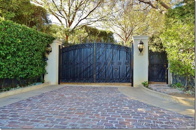 355 N. Carolwood Dr., Los Angeles, CA - WaltsApartment.com