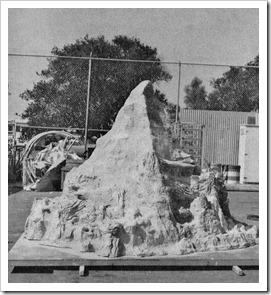 Construction model of the Matterhorn - WaltsApartment.com